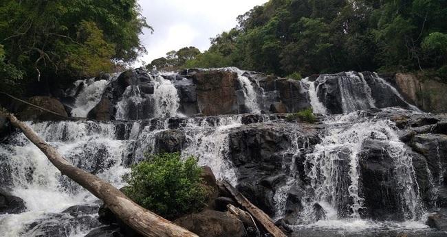 Tuyệt đẹp thác Kon Bông ở Gia Lai