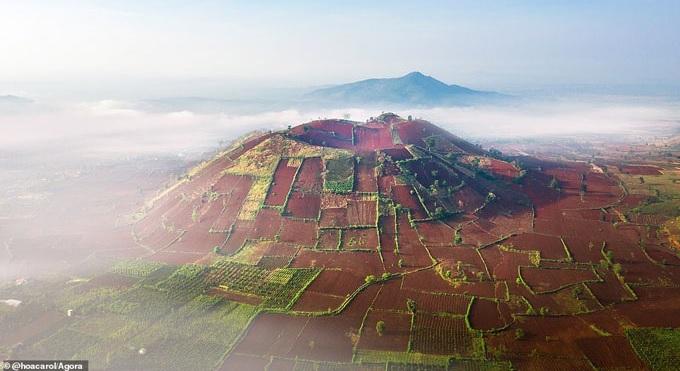 Gia Lai: Núi lửa Chư Đăng Ya lọt top phong cảnh đẹp nhất thế giới